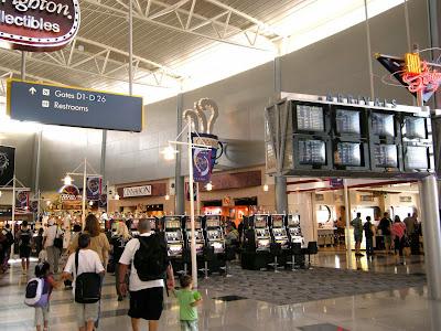 ラスベガス空港のスロットマシン