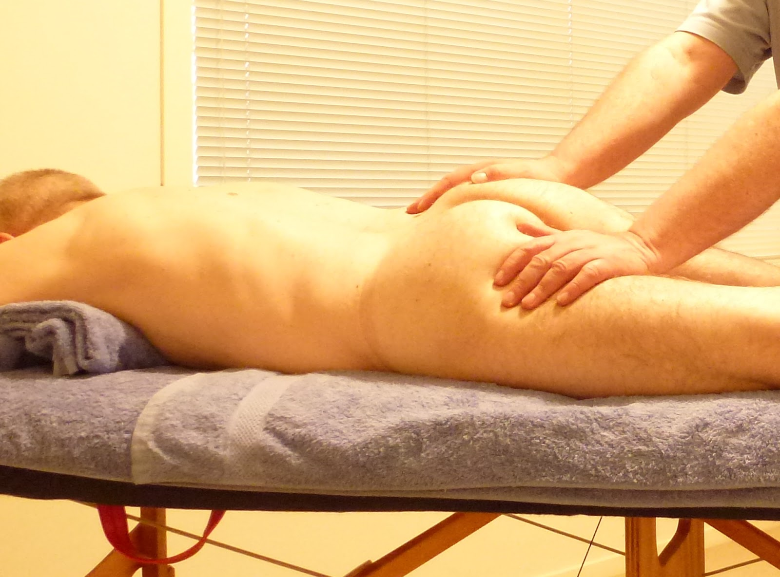 oily sexual massage gay brothel melbourne