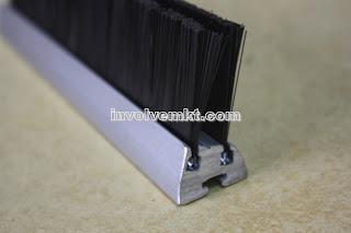 deflector brush. escalator safety