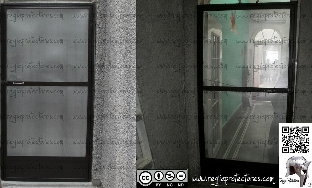 Regio protectores puertas mosquiteras instaladas en - Mosquiteras para puertas ...