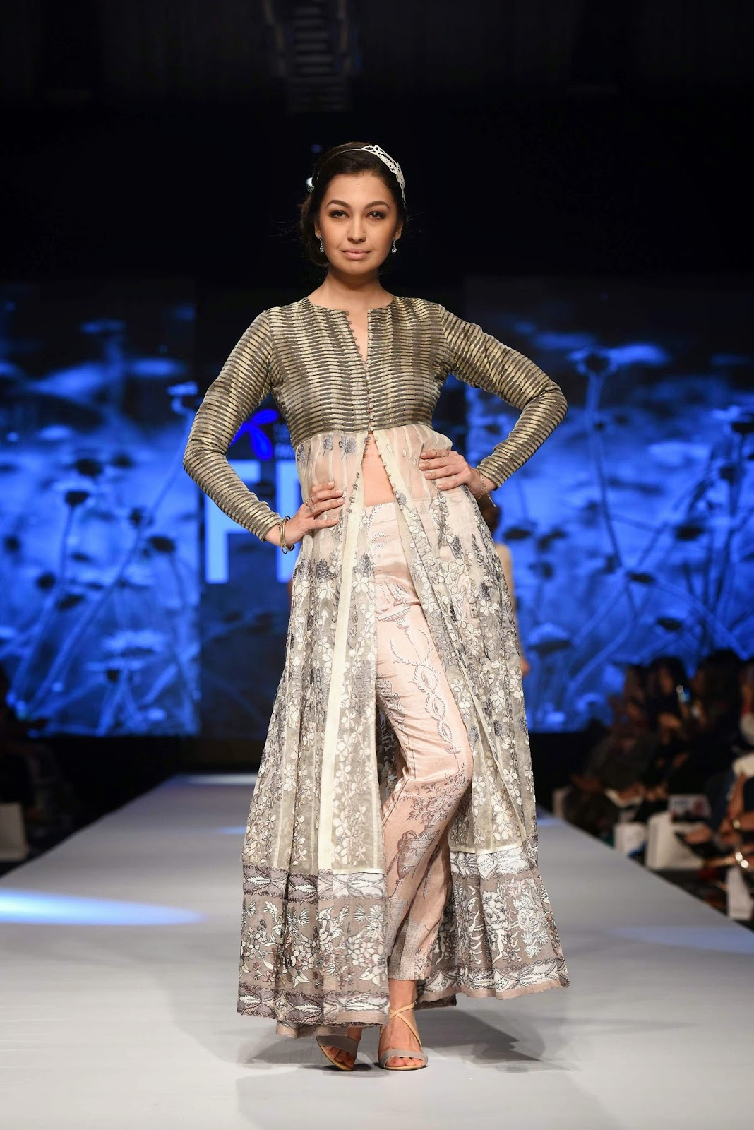 rubya chaudhry in nida azwer TFPW15 day 1