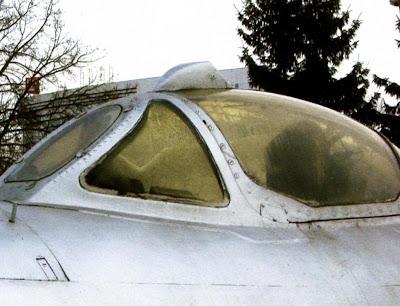 Фонарь кабины МиГ-17