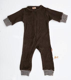 http://www.chincharabincha.com/es/outlet-bebe-ofertas-rebajas/brown-terry-bodysuit.html