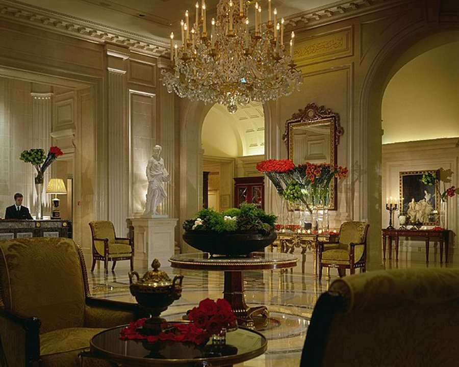 George v four seasons paris luxury lifestyle design for Luxury hotels paris france