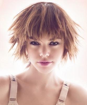 Glam Medium Layered Haircut Ideas for Fall-by Haute Coiffure Francais