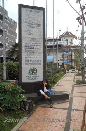 Tugu Dasa sila Bandung