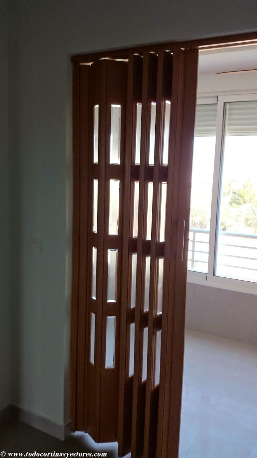 Decoracion interior cortinas verticales estores - Puertas de madera plegables ...