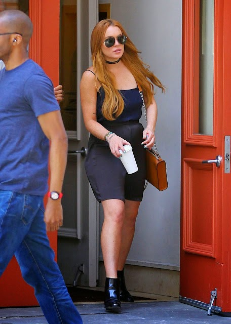 Lindsay Lohan hot upskirt hd wallpapers 2014