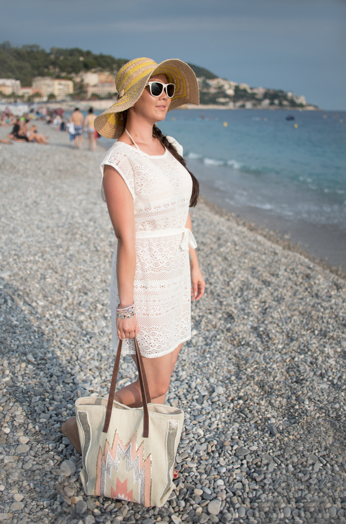 Nice France honeymoon outfit