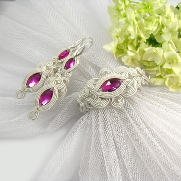 Sutasz ślubny ivory z fuksjowymi kryształami
