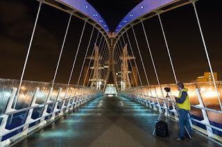 tips perangkat yang diperlukan untuk memotret malam hari (low light)