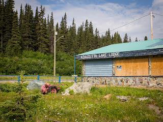 Azouzetta Lake Lodge
