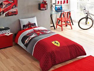 Taç Lisanslı Ferrari F1 Race Tek Kişilik Nevresim Takımı