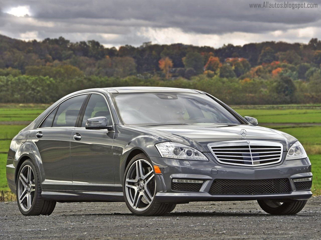 Autos w221 mercedes benz s63 and s65 amg 2011 2012 for Mercedes benz s63 amg biturbo
