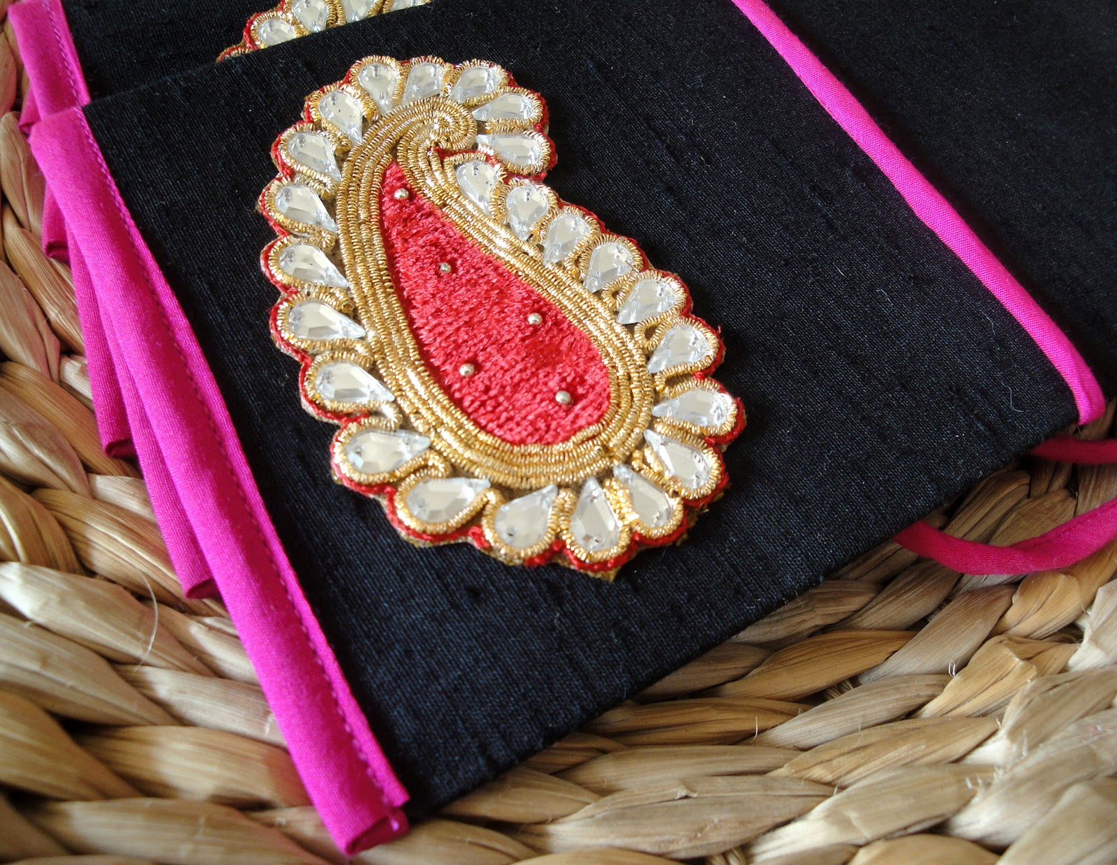 Indian Wedding Gift Envelopes : ... Gift Envelopes for weddings....these went to Abu Dhabi yayayayyaya