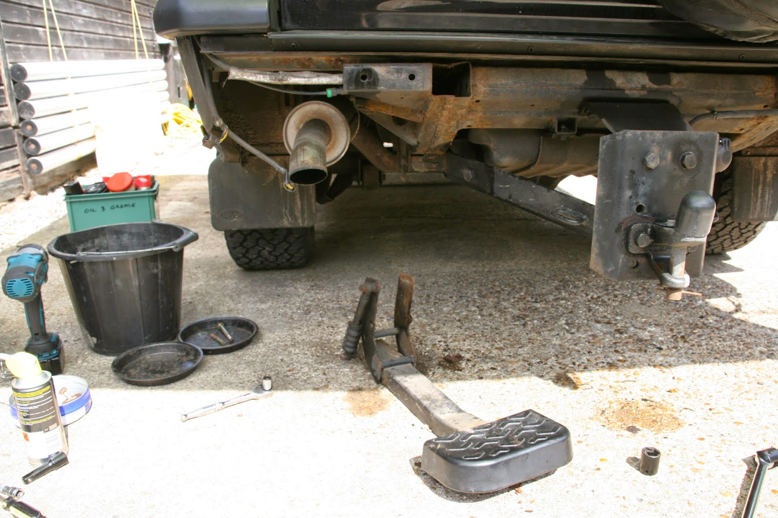 Discoverthat fitting a tow bar to a discovery 2 that leaves the rear free to access the tow bar and made it easy to remove the rusty rear step asfbconference2016 Image collections