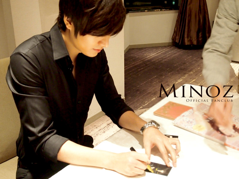 Lee Min Ho JP http://monika-leeminho.blogspot.com/2012/02/lee-min-ho-at-tokyo-japan-published.html