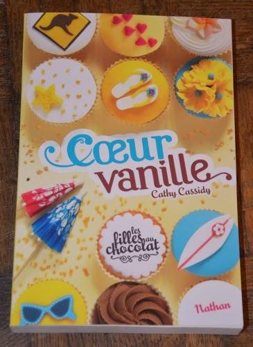 http://aupaysdelire.blogspot.fr/2014/08/cur-vanille-de-cathy-cassidy.html