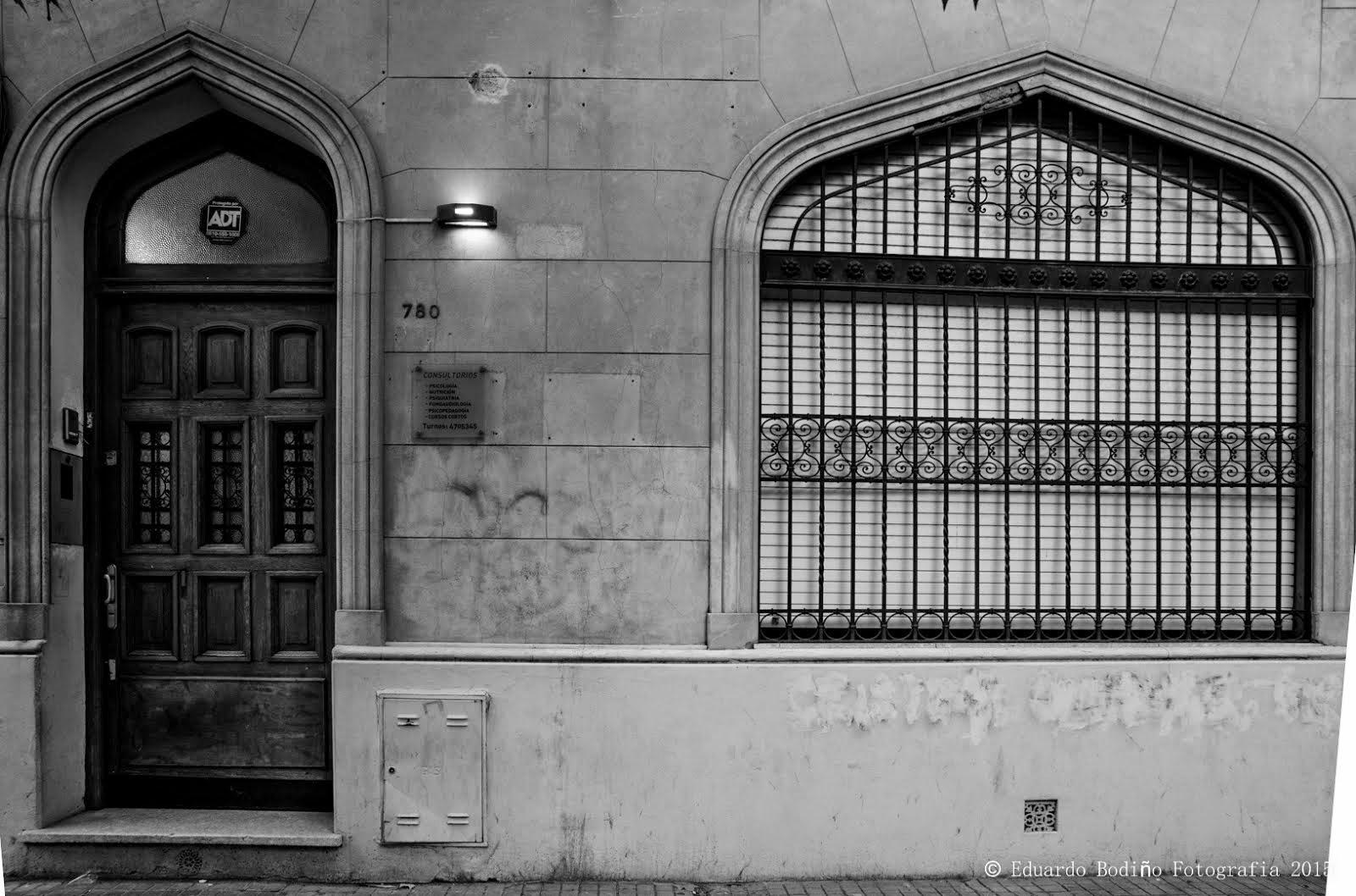 Dirección: Santiago 780 -
