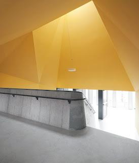 Arquitectura zona cero ense anzas de hormig n parque - Fachada hormigon in situ ...
