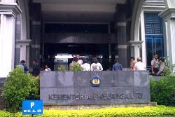 lowongan kerja kementerian keuangan 2013