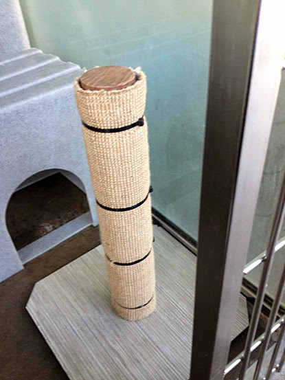 Homemade scratching post