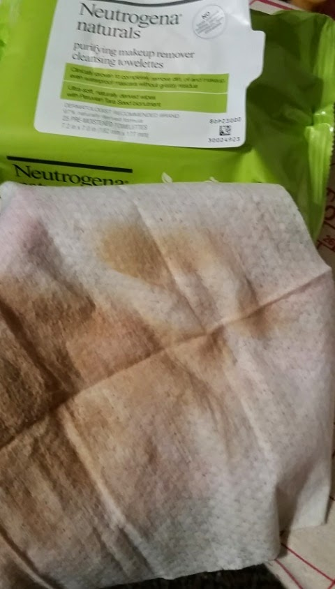 neutrogena natural purifying wipes makeup removing 1