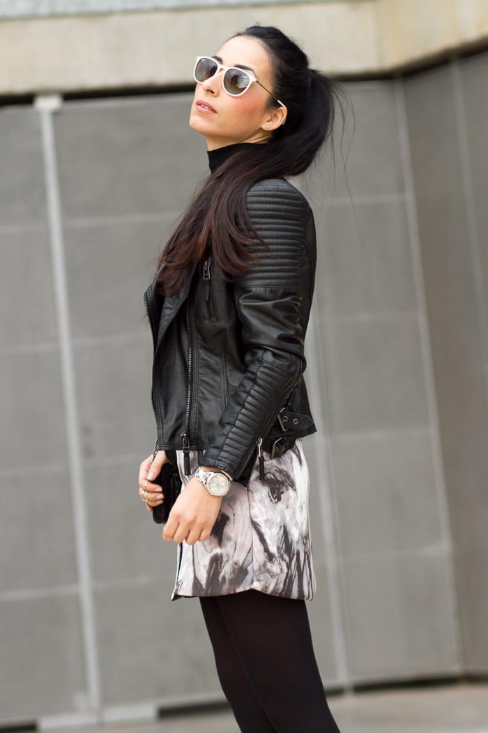 Bloguera de moda Valencia con gafas de sol Erika de Ray Ban
