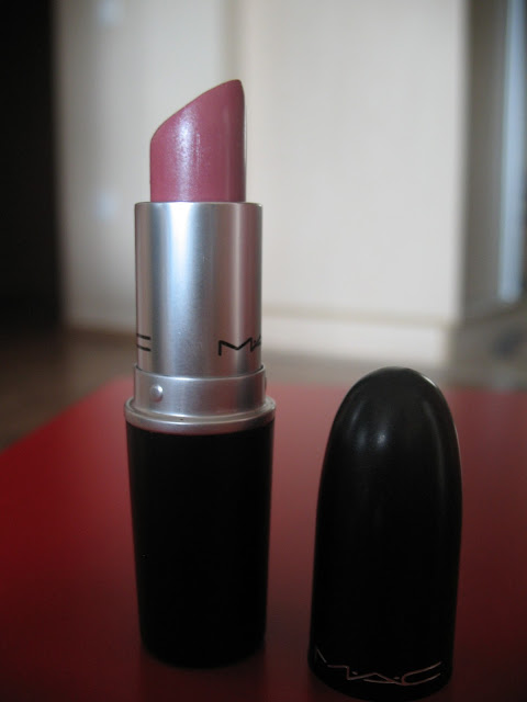 MAC-Hot-Gossip-lipstick-review-01