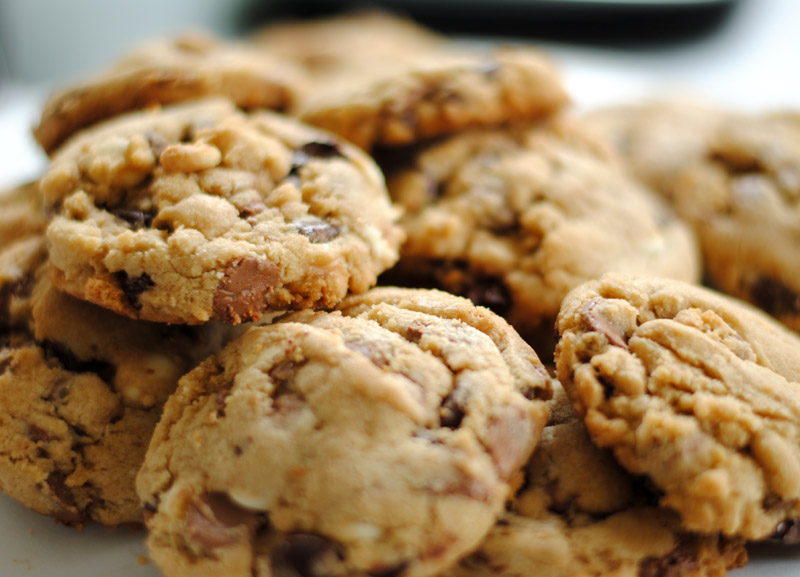 Leanne bakes: Chocolate Overload Cookies