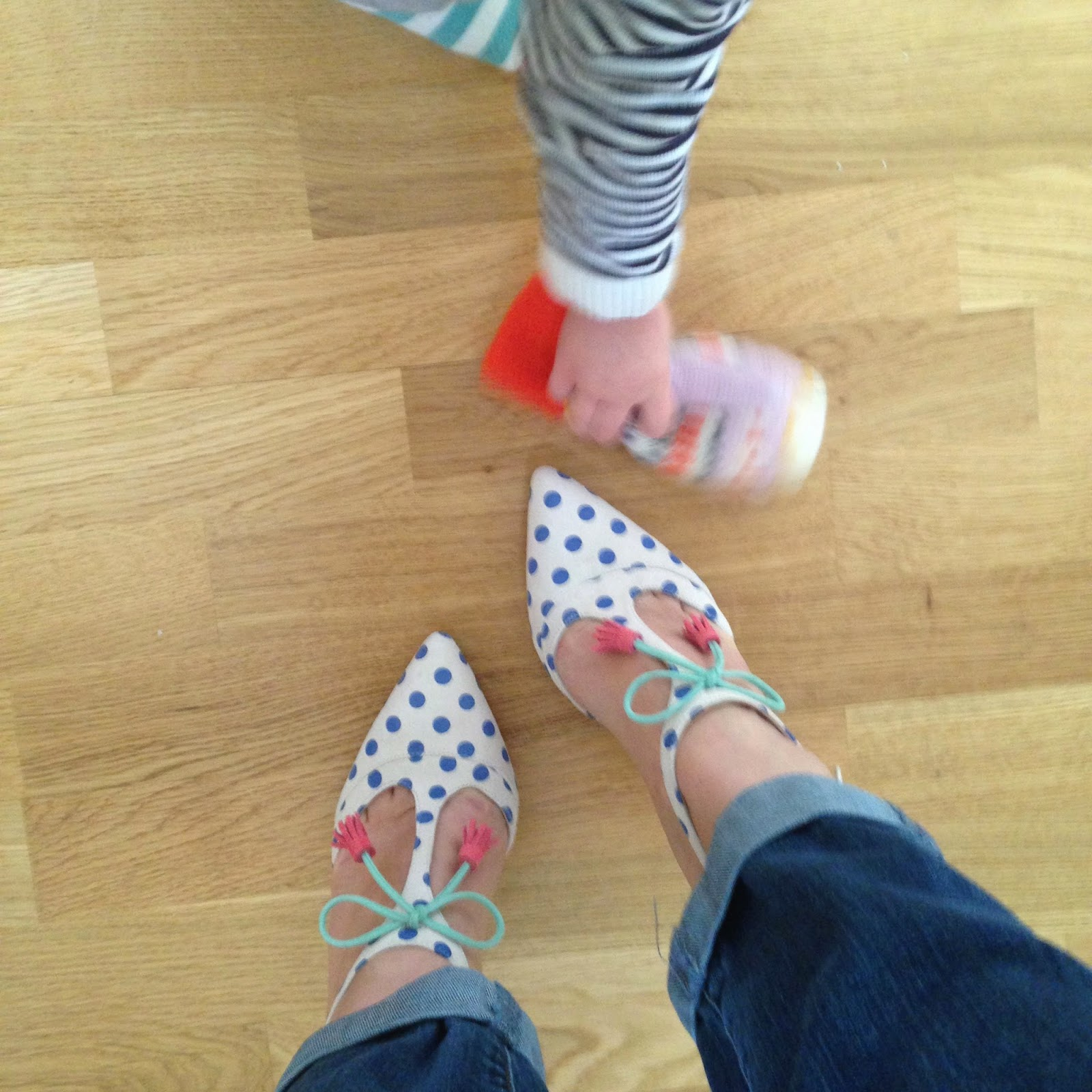 mamasVIB   mamasvib  V. I. BUYS: Welcome to #mamamondays… National Trust, Poppy England and Boden shoes (again)!   mama mondays   #mamasmondays   mamasVIb   blog   bonita Turner   national trust   national trust membership   national trust visitors passport   boden   boden shoes   alice heels   must-have shoes   modelling   child modelling   poppy england   autumn winter 2015   fashion } style   model   kids  toddlers   ammasVIb   blogger   tots top 250