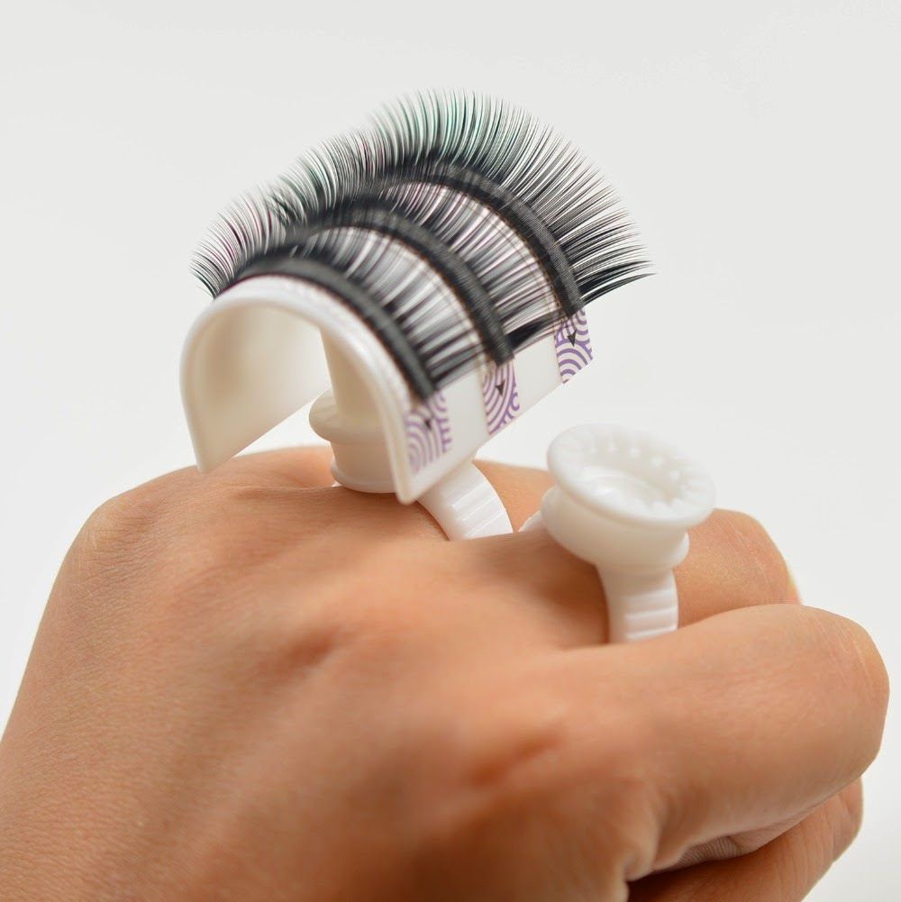 Holly Tells Lash Tales Confessions Of Lash Extension Tech 5