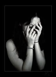 صور بنات حزينة جدا 2014 للفيس بوك