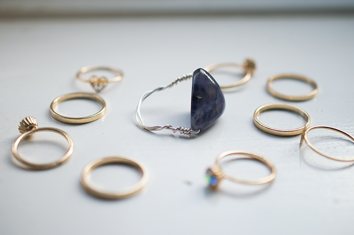 DIY WIRE GEMSTONE RING