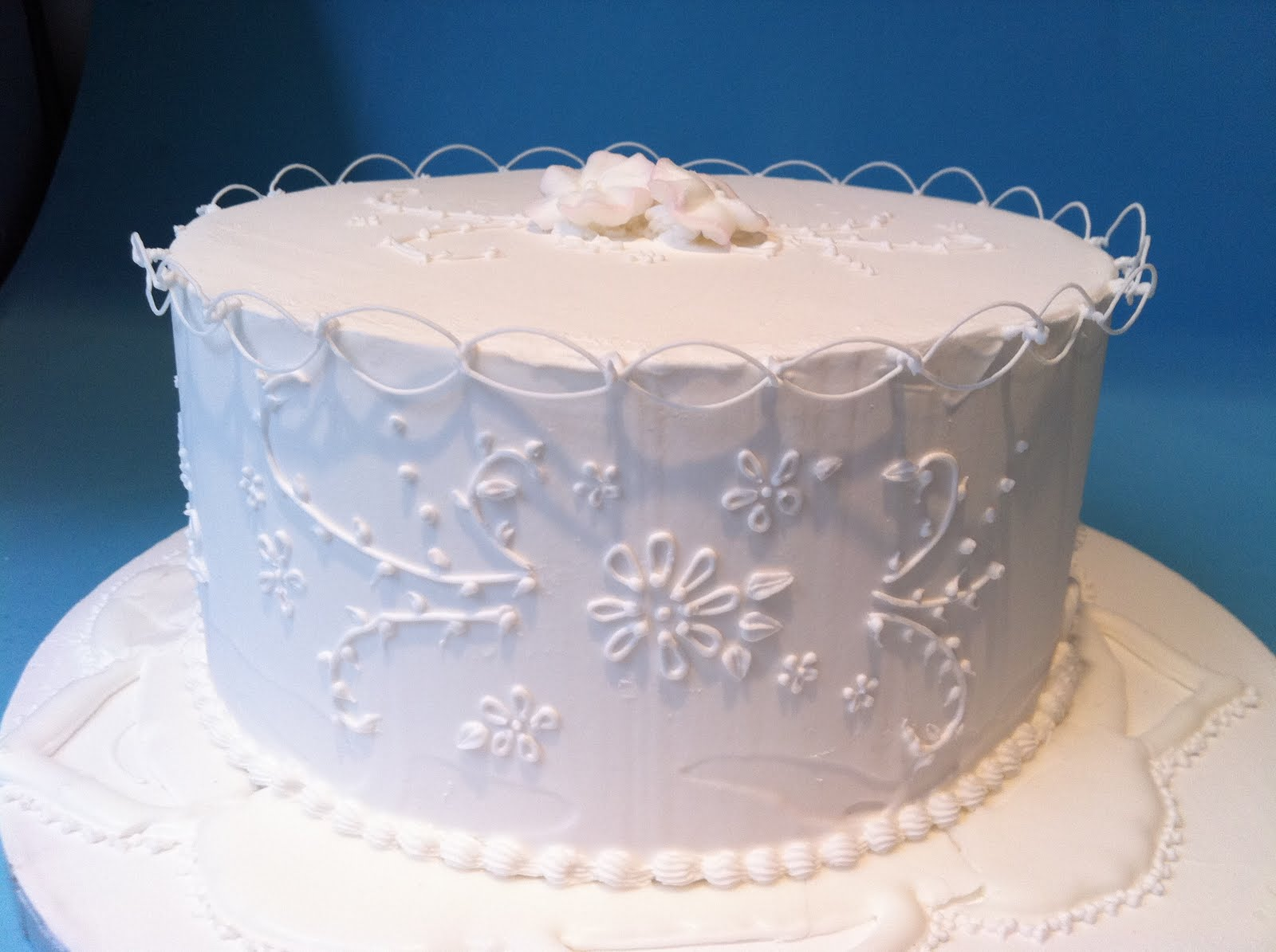 1000 images about Wedding Cake Frosting Designs on Pinterest