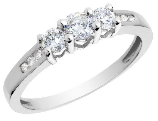 imagenes de anillos de compromisos - Las famosas latinas y sus anillos de compromiso (FOTOS