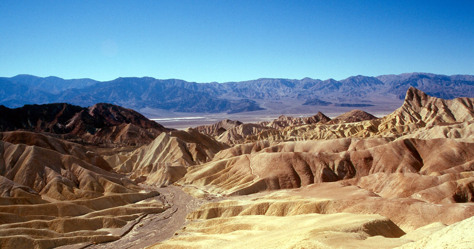 death valley national park America's lowest, hottest, and driest national park, adventurous visitors enjoy  death valley for its many extremes and mysteries such as the sailing stones.