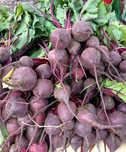 fresh_beets_farmers_market_fields