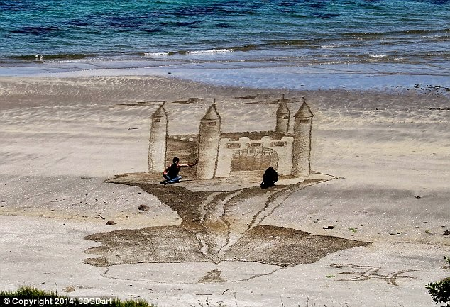 3D sand drawings