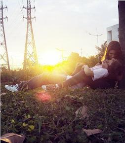 Si de verdad le quieres da igual el momento o el lugar. Le amas y eso es lo importante.