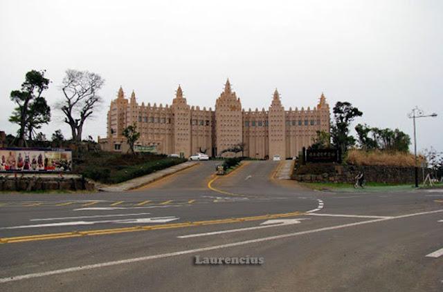 Masjid-Djenne-Mali-Afrika-Barat_1