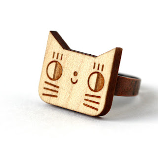 http://www.lesfollesmarquises.com/product/bague-chat