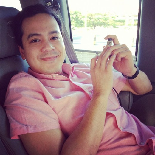 The guy in pink - John Lloyd Cruz