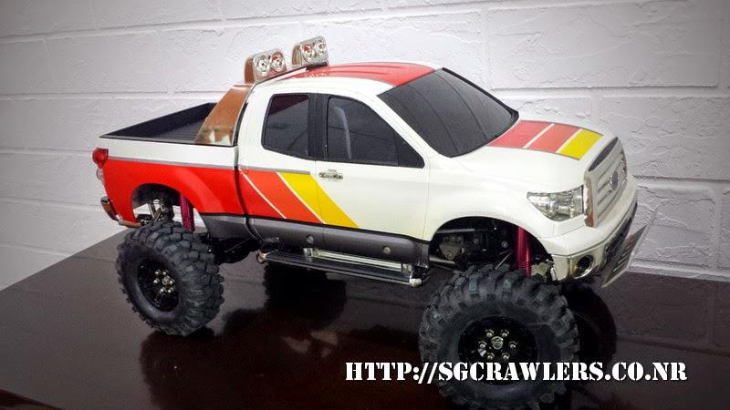 tamiya - Boolean21's Tamiya Highlift Tundra - new paint scheme - Ivan Stewart Toyota Theme 20140802_183058