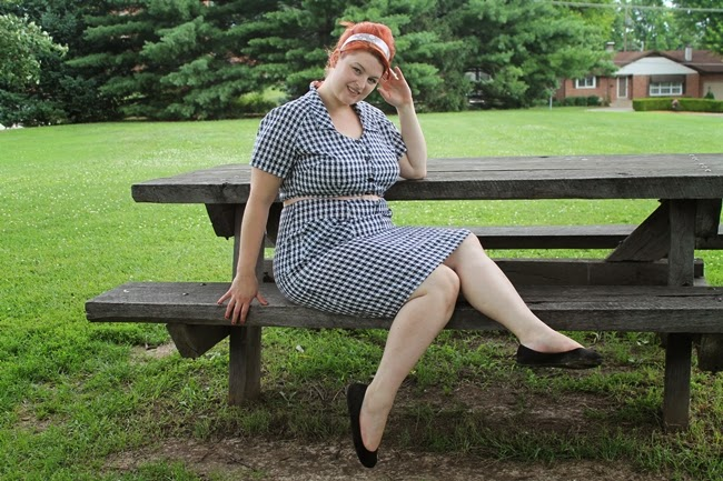 1950s 60s plus size gingham black and white check pin up dress redhead beehive hair