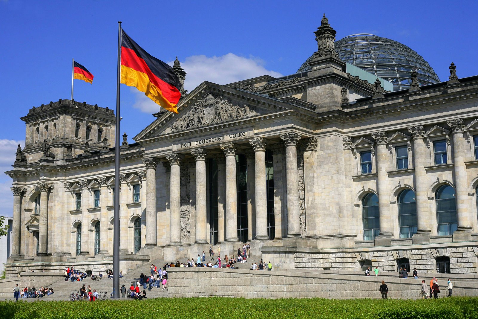 reichstag at berlin city -#main