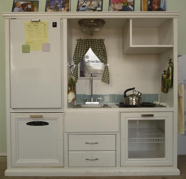 Caroline's Crafty Corner: Kids Kitchen