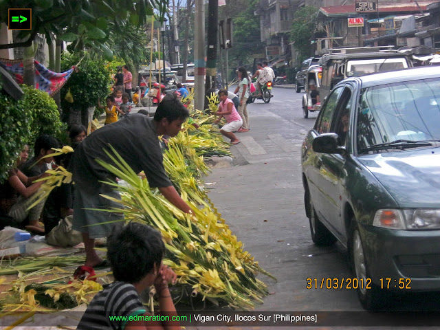 Palm Sunday Trade | Buying 'Palaspas' on a Holy Week via Drive-Thru
