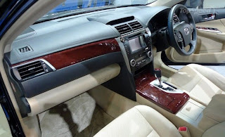 new toyota camry 2012 steering and interior