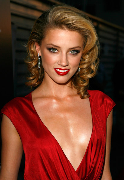 Amber Heard HD Wallpaper -07